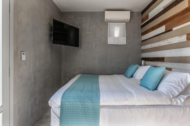 Δίκλινο δωμάτιο με ένα διπλό κρεβάτι, 20 τμ δωματίου